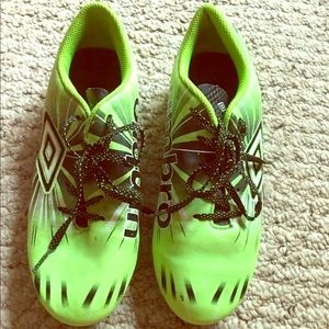 Umbro Soccer Cleats Lime Green Black Youth Size 6